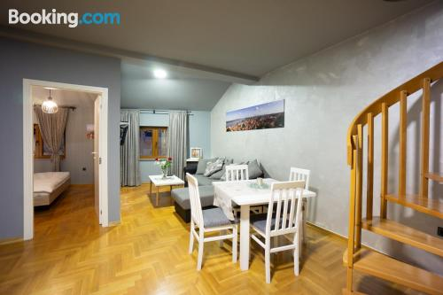 Cómodo apartamento de dos dormitorios en Zemun.