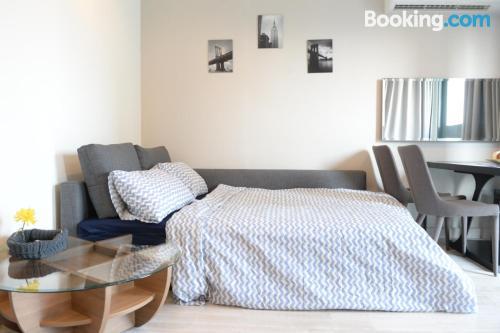 Apartamento con wifi ideal para cinco o más.