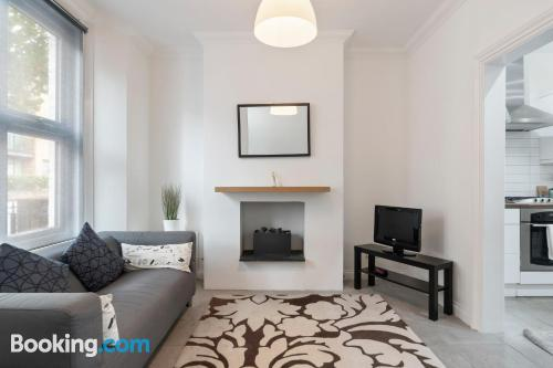 56m2 home in London with 2 bedrooms.