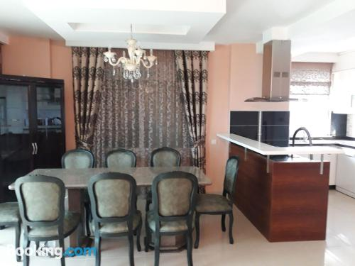 Terrace and wifi place in Alanya ideal for six or more.