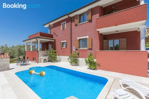Ideal, dos habitaciones en Novigrad Istria.