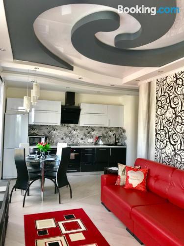 Amplio apartamento en Mogilev. Perfecto para cinco o más