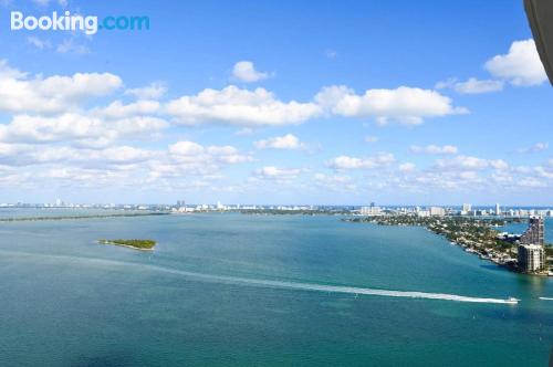 Two room apartment in Miami. Air!