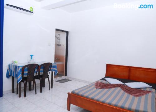 Place for two people in Dehiwala with internet.