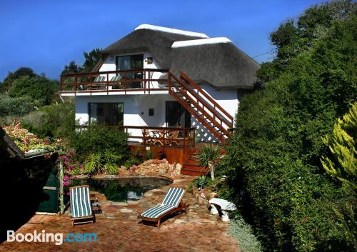 Apartamento ideal con terraza y wifi