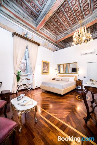 Home with internet in great location of Rome