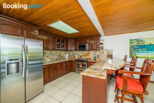 2 bedrooms apartment with 2 bedrooms.