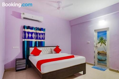 Apartamento en Bhubaneshwar. ¡aire acondicionado!.