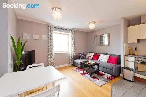 Apartamento de 40m2 en Dublín con terraza y internet