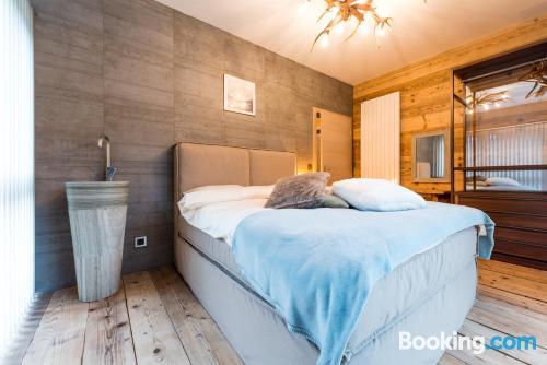 Apartamento con terraza y calefacción