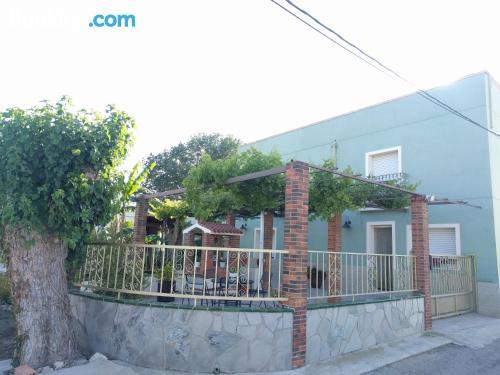 Centro con aire acondicionado en Deltebre ¡con vistas!.