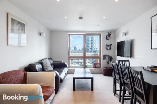 Amplio apartamento de dos habitaciones en Londres.