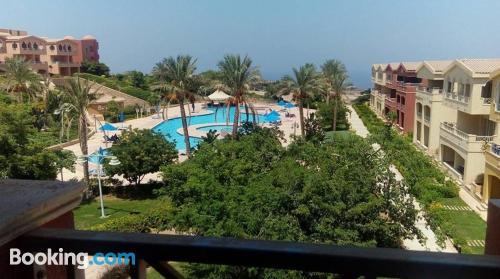 2 bedrooms apartment in Ain Sokhna with wifi.