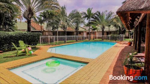 Grande appartamento con piscina. Bela-Bela ai vostri piedi!