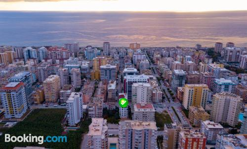 One bedroom apartment place in Alanya with air-con.