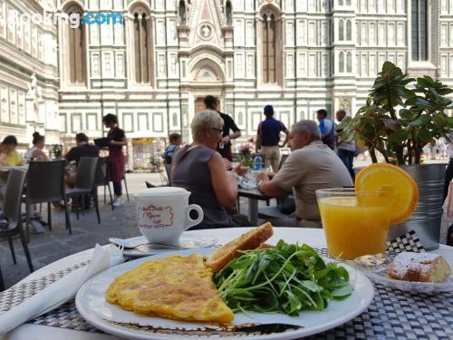 Zona inmejorable con aire acondicionado en Florencia, calefacción y internet
