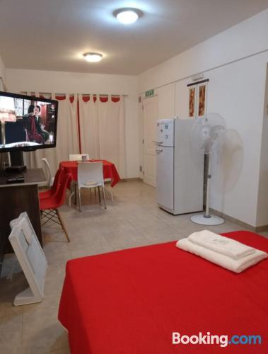 Apartamento para viajeros independientes en Puerto Madryn de apartamento de una habitación.