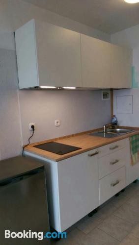 Práctico apartamento de dos dormitorios en zona centro de Offenbach