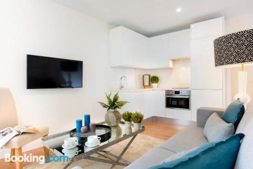 Appartamento di 65m2 a Siviglia. Perfetto per 5 o più.