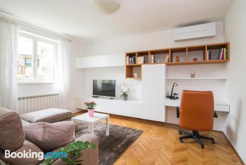 Espacioso apartamento de dos habitaciones en Izola