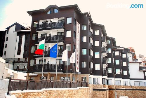Apartamento para dos personas en Bansko con piscina