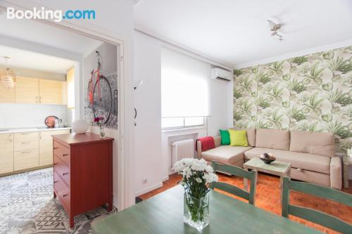 One bedroom apartment in Madrid. Internet!