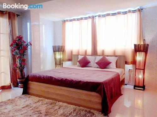 Apartment for 2 in Chon Buri. Air-con!