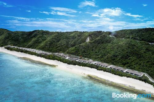 Terrace and wifi apartment in Miyako Island. Be cool, there\s air-con!