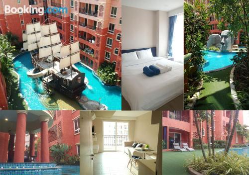 Apartamento con terraza en Jomtien Beach