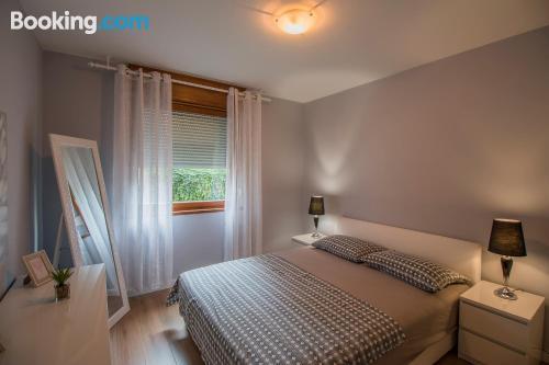 Amplio apartamento de dos habitaciones con wifi