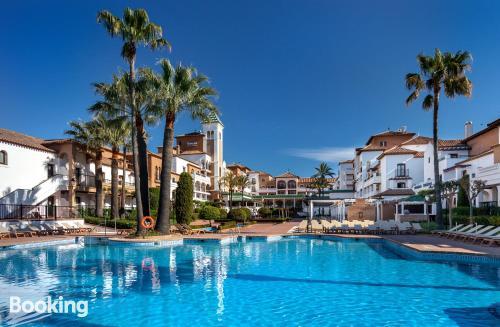 Apartamento para dos personas con piscina