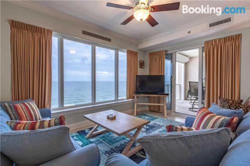 Apartamento con piscina en Orange Beach