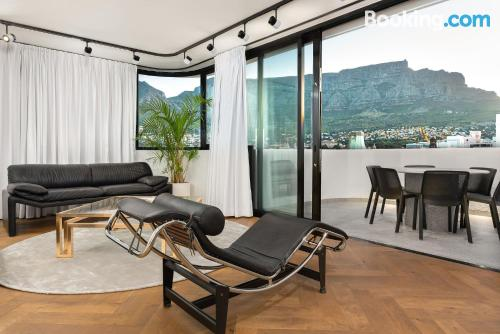 Apartment in Cape Town. Comfy, perfect location.