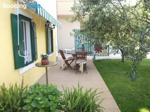 Espacioso apartamento de dos dormitorios ¡con terraza!.