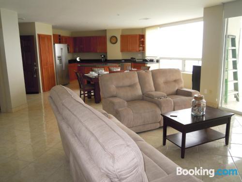 Apartamento para familias en Rosarito con piscina