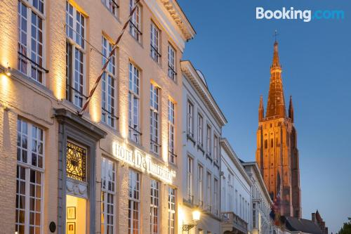 Bruges superb location! For couples
