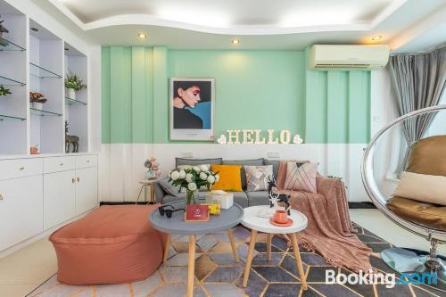Apartamento para cinco o más en Zhuhai con wifi