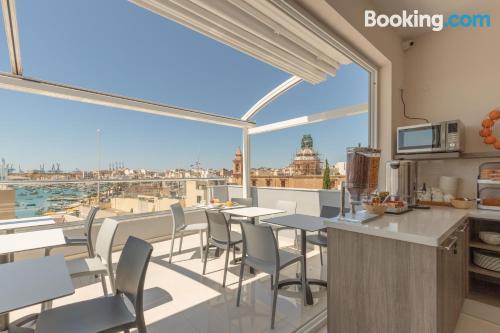 Apartamento de 24m2 en Marsaxlokk. ¡internet!.