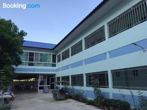 Apartamento en Suphan Buri para dos personas.