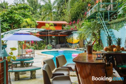 Home for 2 in Manuel Antonio with internet