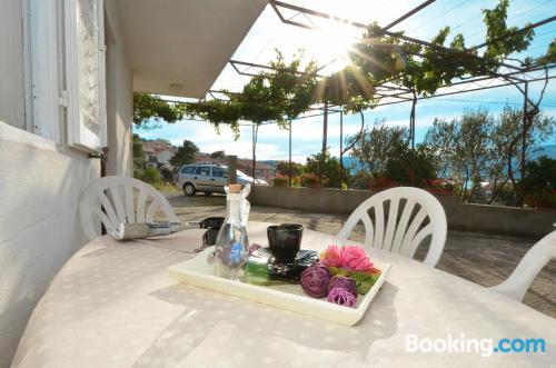 Apartamento con terraza en Trogir