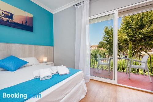 Cuco apartamento dos personas con wifi