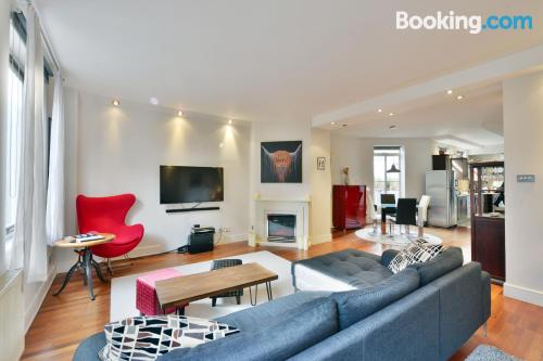 Experience in superb location in London.