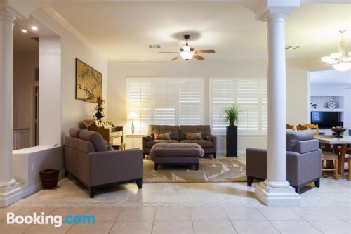 Huge home. Convenient!
