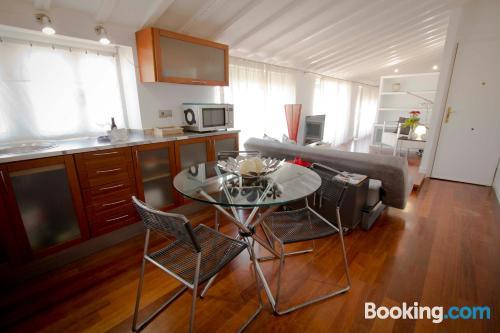 One bedroom apartment. Internet!