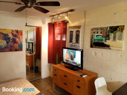 One bedroom apartment in Miami. Petite!