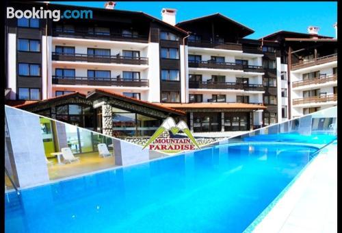 Apartamento con piscina en Bansko.