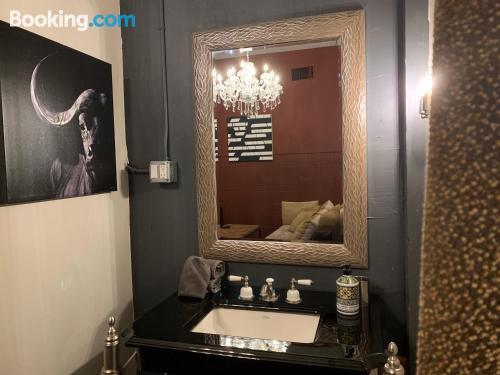Mozzafiato appartamento con 1 camera da letto. Los Angeles è in attesa!.