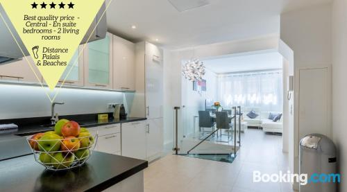 Comfortable apartment in great location. Cannes at your hands!