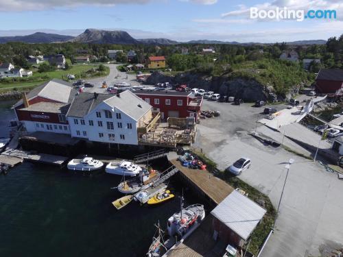 Place in Kvenvær convenient for families.